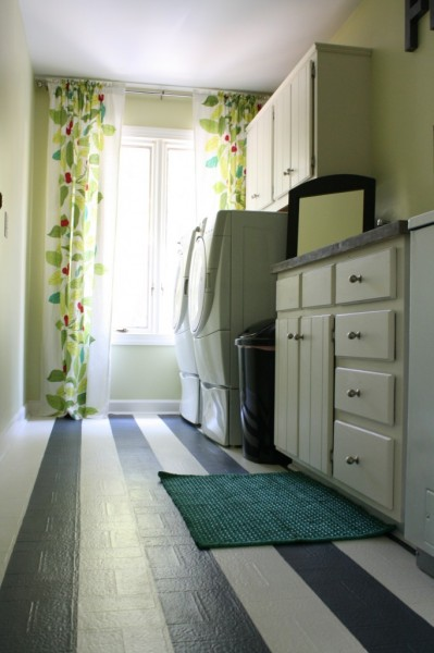 low cost laundry room makeover, featured on Remodelaholic