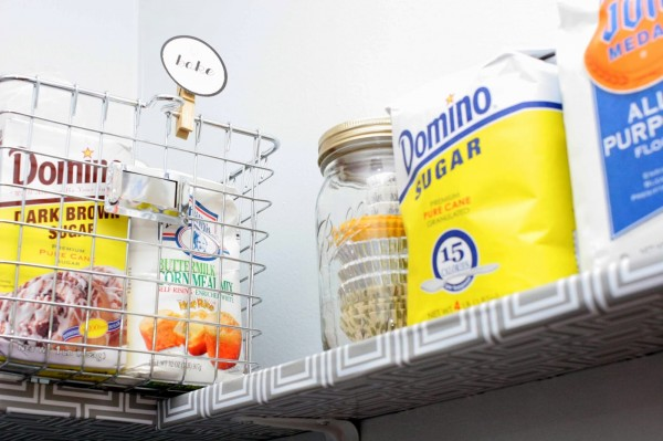 organized pantry makeover, Craftivity Designs on Remodelaholic