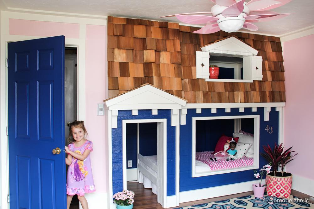 Remodelaholic | Indoor Playhouse