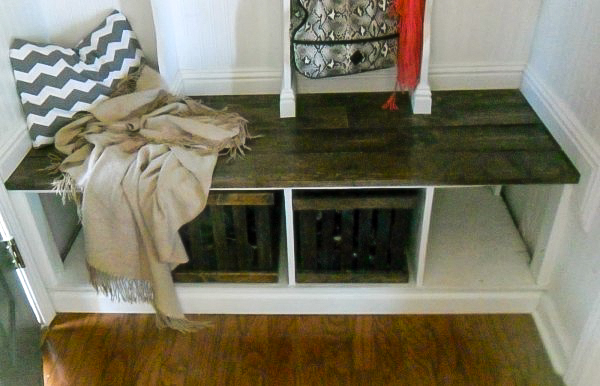 shoe-baskets-for-entryway-mudroom-cubbies-Home-Heart-and-Hands-featured-on-Remodelaholic-600x386