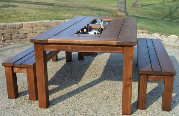 DIY Patio Table With Built In Ice Boxes, Kruseu0027s Workshop On Remodelaholic