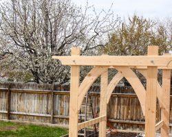 Vegetable Garden Arbor DIY Plans (5 of 5)