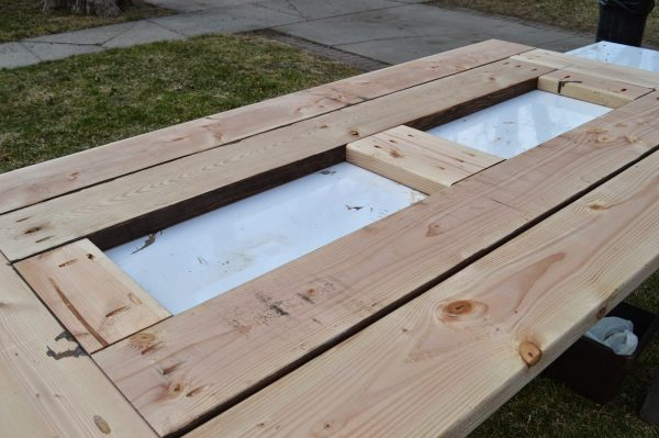 add skirting to ice box frames on patio table 6, Kruse's Workshop on Remodelaholic