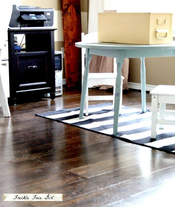 brown paper faux wood plank floor, Freckle Face Girl for Remodelaholic