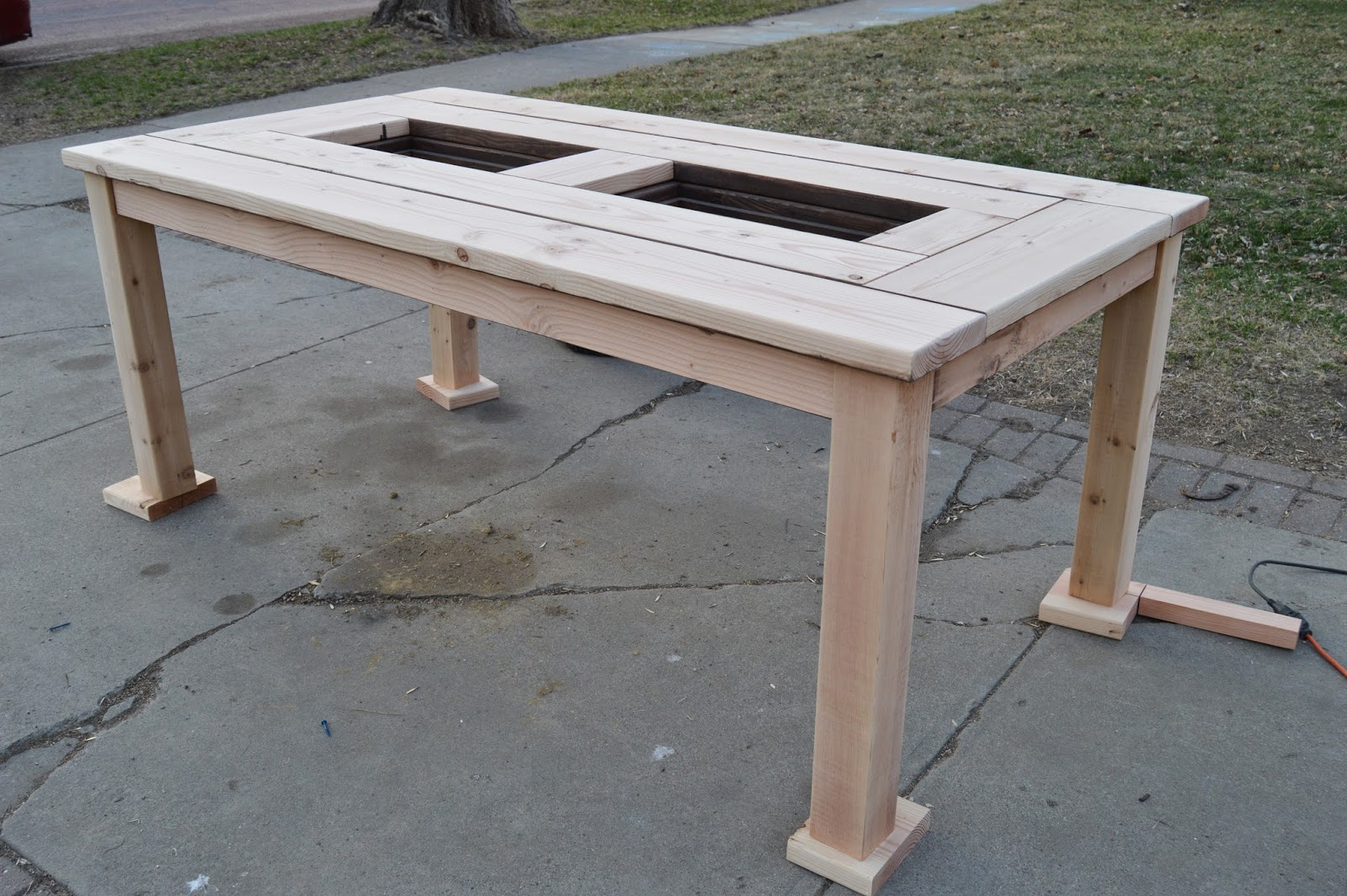 Remodelaholic | Build a Patio Table with Built-In Ice Boxes