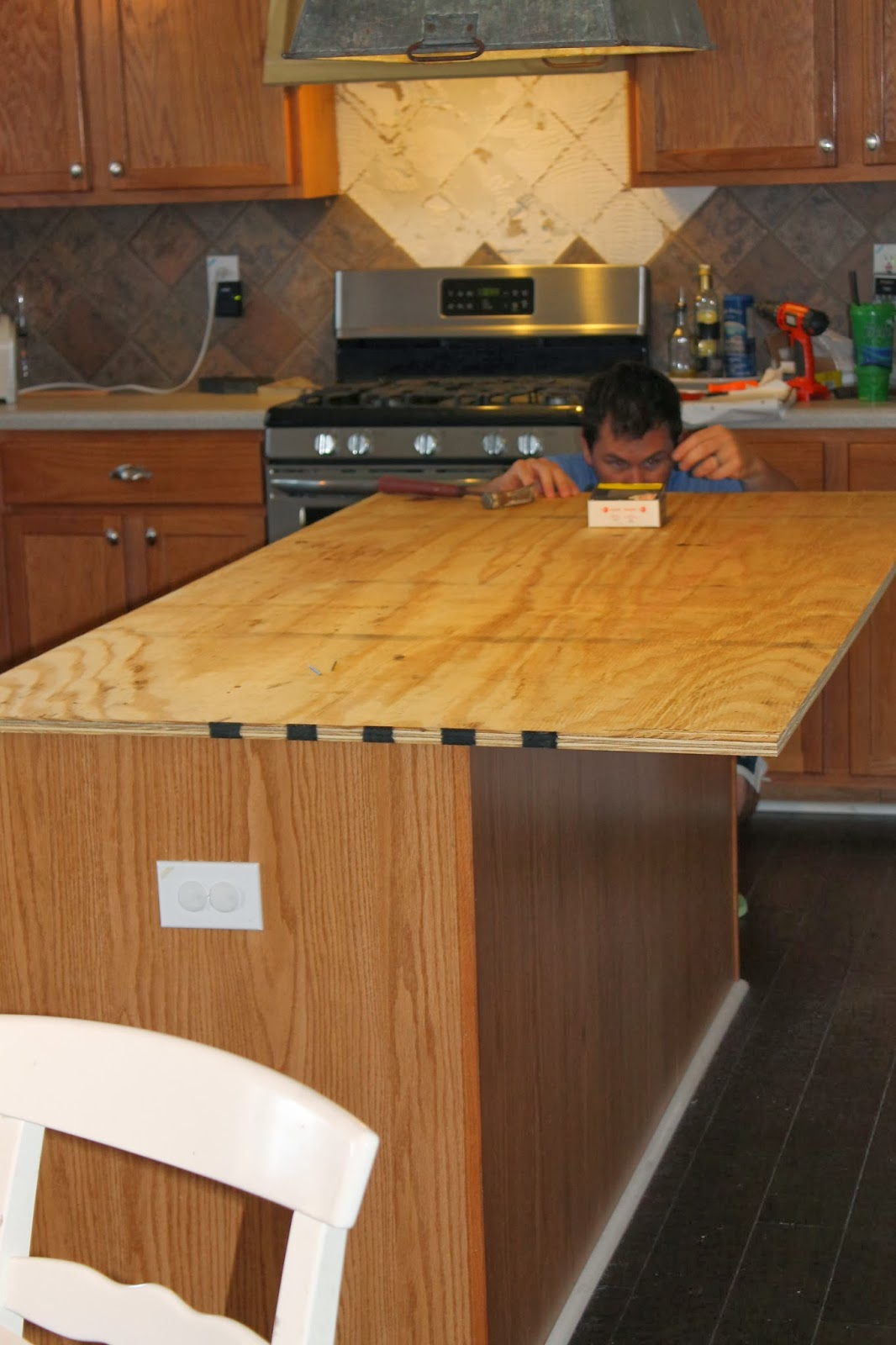 Reclaimed Wood Countertops remodelaholic | how to create faux reclaimed wood countertops