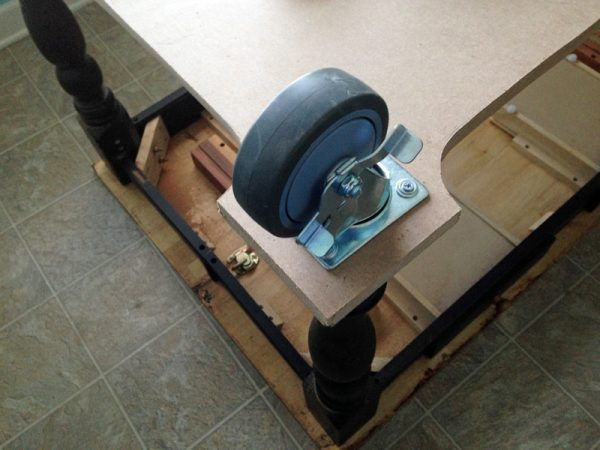 installing-casters