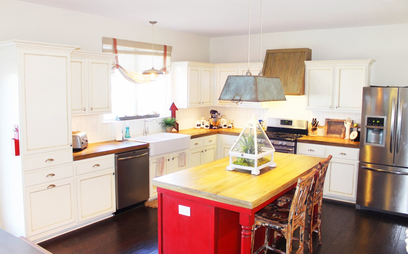 Kitchen Remodel With Faux Reclaimed Wood Countertops, The Ragged Wren On  Remodelaholic