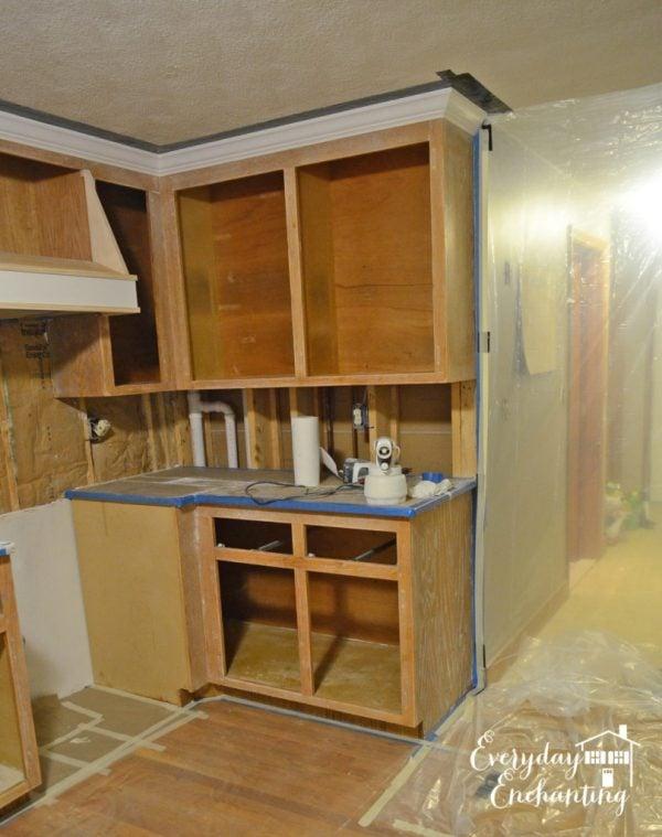 kitchen renovation cabinets, Everyday Enchanting on Remodelaholic
