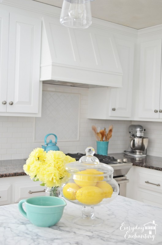 white kitchen with subway tile backsplash, Everyday Enchanting on Remodelaholic