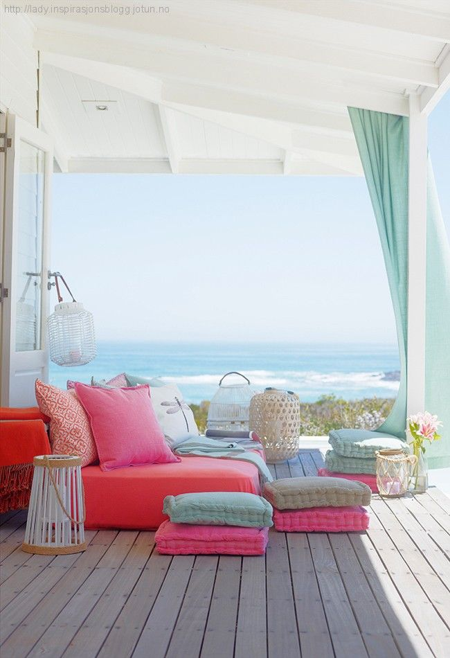 Beachy and bright outdoor space