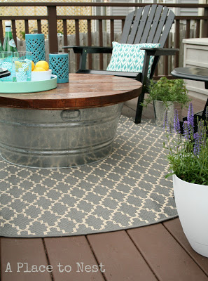 High Quality Outdoor Coffee Table With Metal Bucket Base
