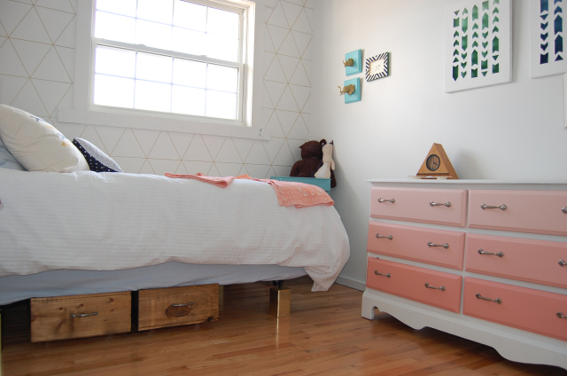 Stunning diy underbed storage for spare room DIY Passion on Remodelaholic