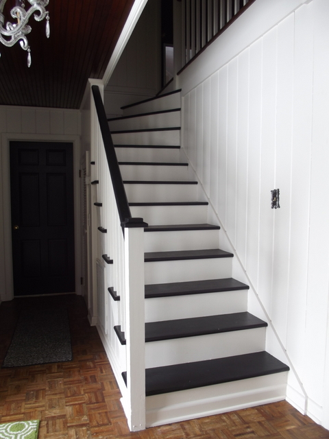 Beautiful Painted Staircase Makeover, Chapter37 On Remodelaholic.com