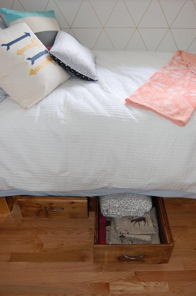 Build Your Own Rolling Under Bed Storage Crates Remodelaholic Bloglovin