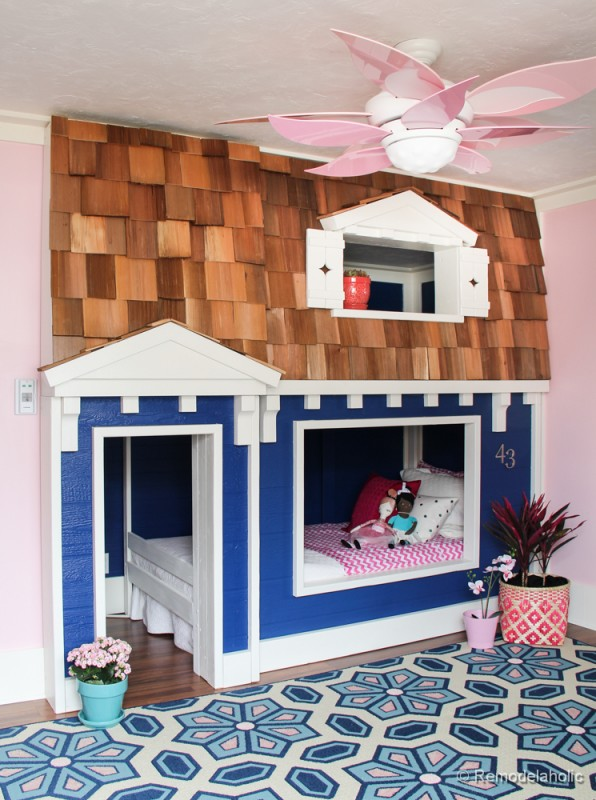 remodelaholic how to build a princess castle loft bed. Black Bedroom Furniture Sets. Home Design Ideas