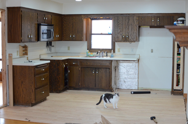 kitchen before, Ramblings from the Burbs on Remodelaholic