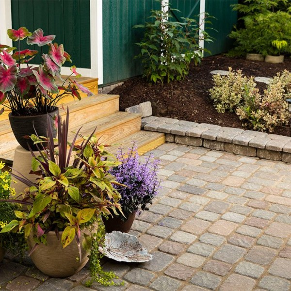 How To Design And Build A Paver Patio Via Lowe's