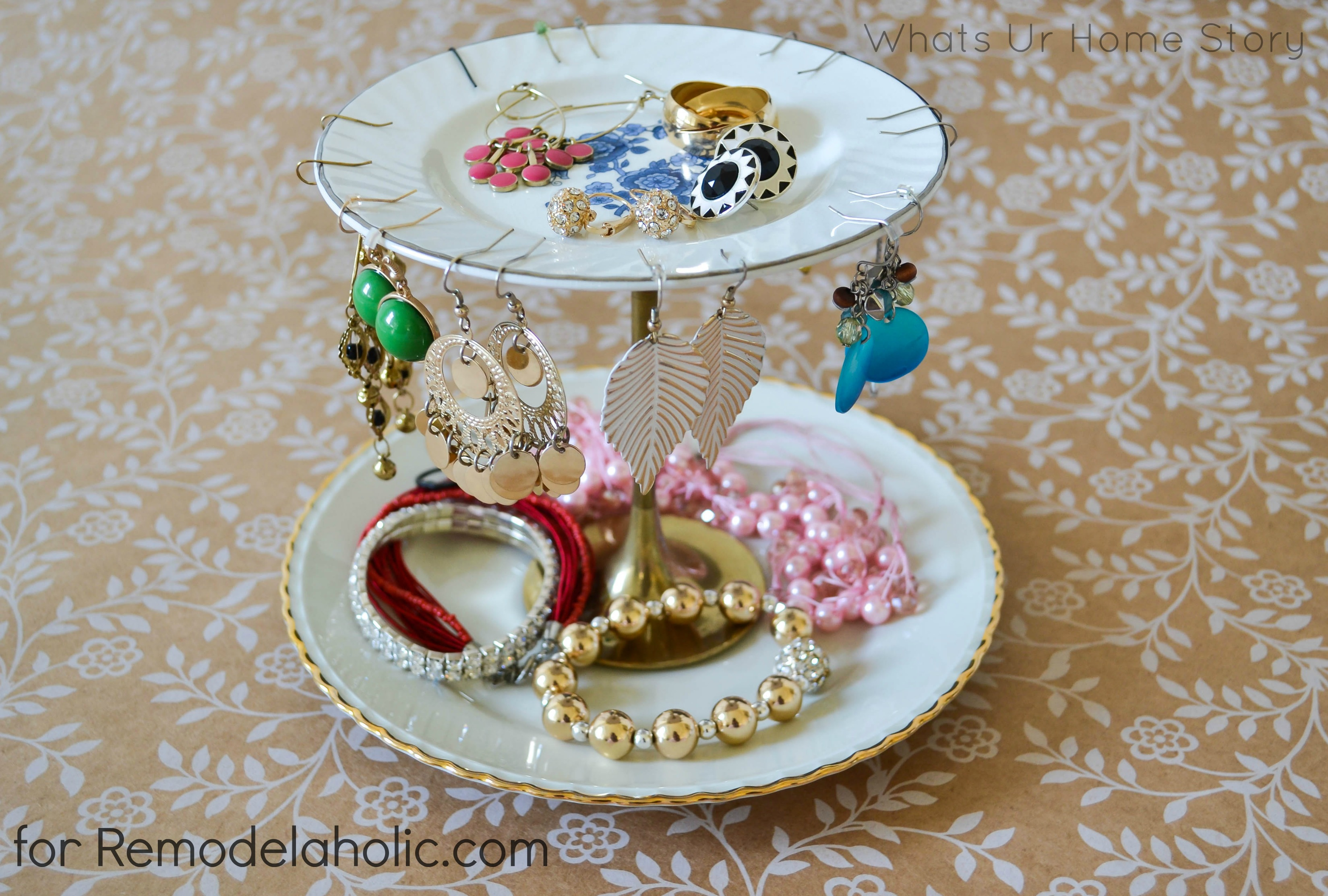 Remodelaholic 20 Easy Diy Jewelry Organizer Ideas