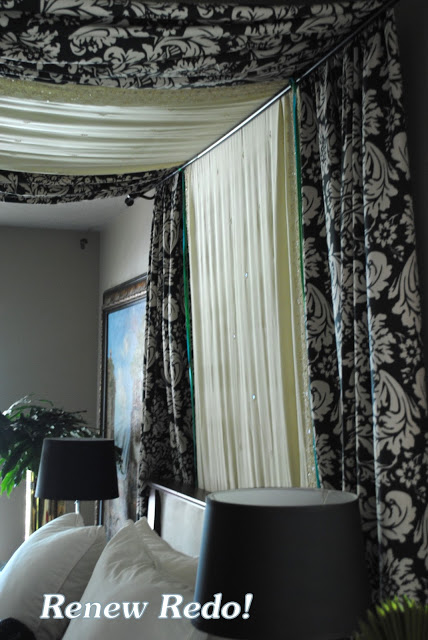 Remodelaholic 25 beautiful bed canopies you can diy - Black canopy bed curtains ...