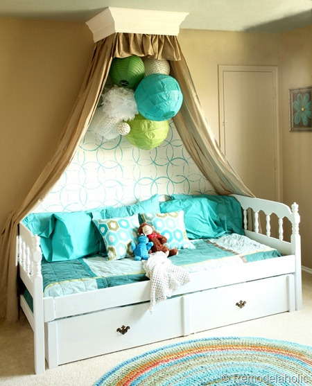 remodelaholic 25 beautiful bed canopies you can diy. Black Bedroom Furniture Sets. Home Design Ideas