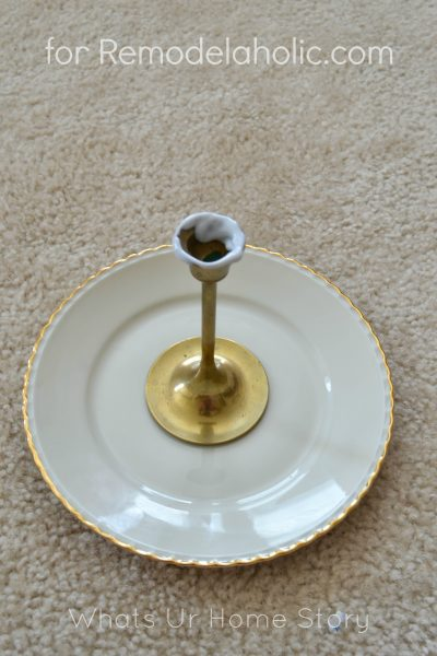 diy jewelry stand from plates on Remodelaholic.com