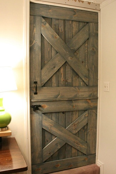 split farmhouse dutch door, barn door baby gate