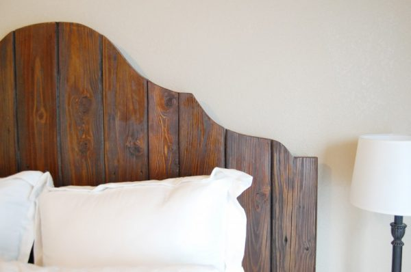 easy rustic wood headboard tutorial, The Accent Piece on Remodelaholic