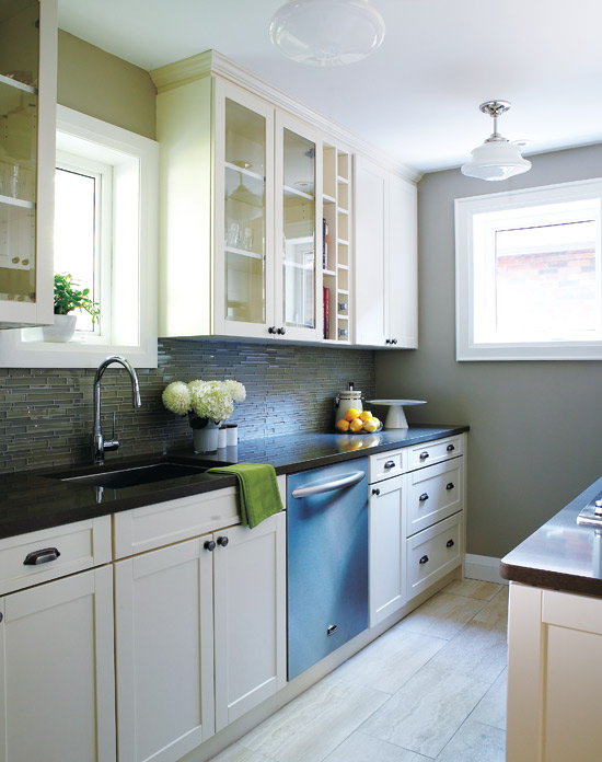 Bon Galley Kitchen Layout Via DecorPad