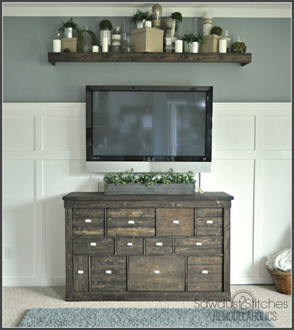 media center makeover remodelaholic.com