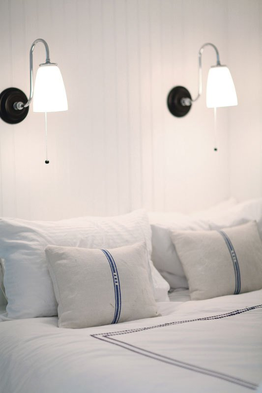 No Headboard remodelaholic | 25 no-headboard design ideas