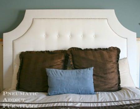 scooped upholstered headboard tutorial via Remodelaholic