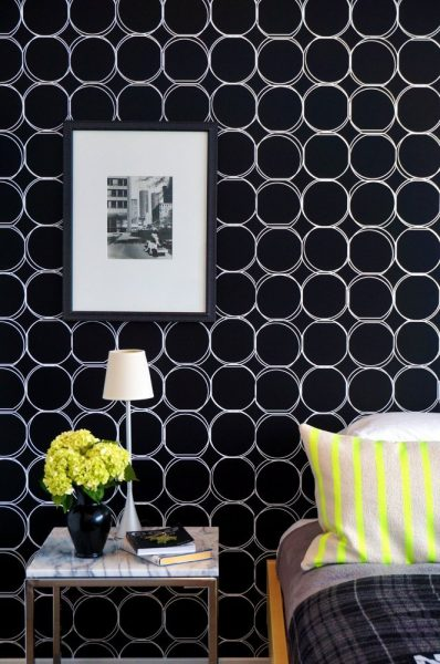 stenciled-wall-apartment-therapy