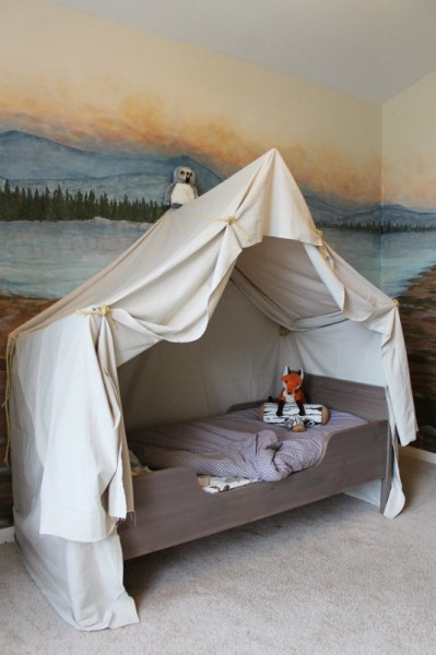 Remodelaholic 25 beautiful bed canopies you can diy for Diy baby crib canopy