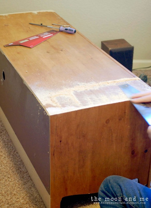 tv console from entertainment center tutorial, The Moon and Me on Remodelaholic