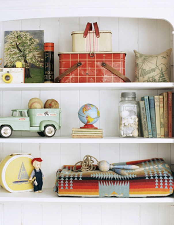 Boy's bedroom inspiration via Remodelaholic.com