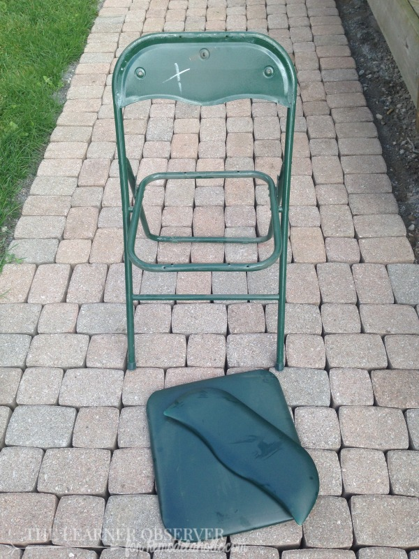 FOLDING CHAIR MAKEOVER for Remodelaholic.com