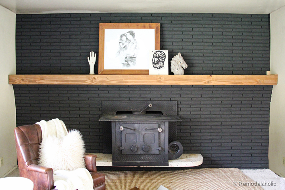 Remodelaholic easy wood mantel for brick fireplace solutioingenieria Images
