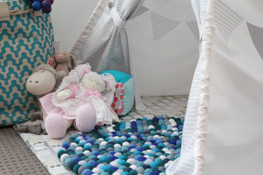 felt ball rug