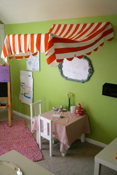 kids cafe play area