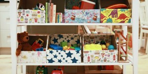 smart toy storage via Remodelaholic
