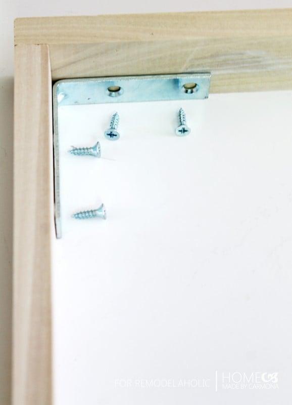 Floating Frame - connectors2 - for Remodelaholic