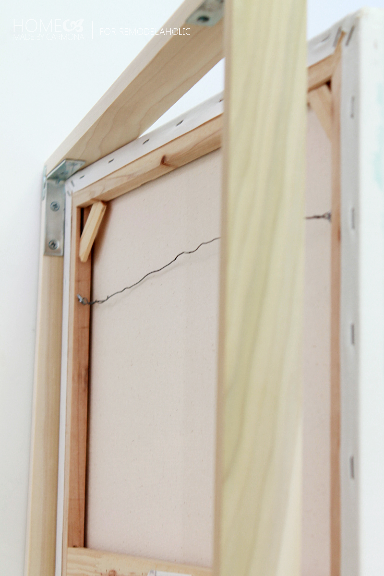 Remodelaholic tutorial chic floating frame for a canvas for How to make a large picture frame