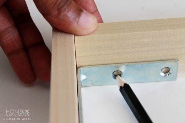 Floating Frame - mark - for Remodelaholic