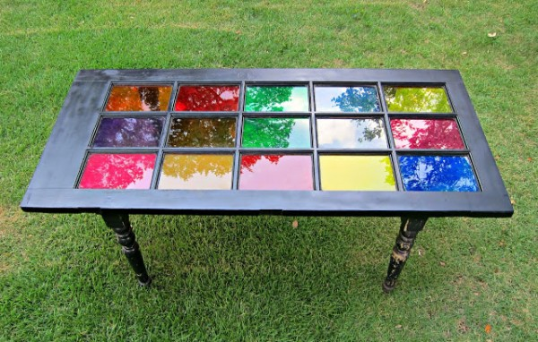 Morena's Corner - how to make an old window stained glass table - via Remodelaholic