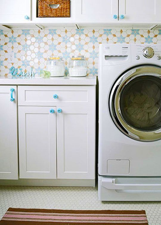 great tile backsplash over laundry for a fun look featured on Remodelaholic.com