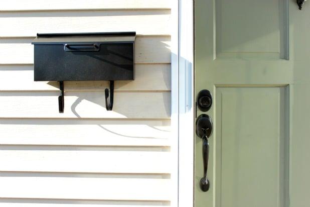 paint front door knobs