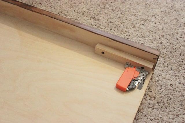 How to build a Sliding TV Platform   Home Coming for Remodelaholic.com