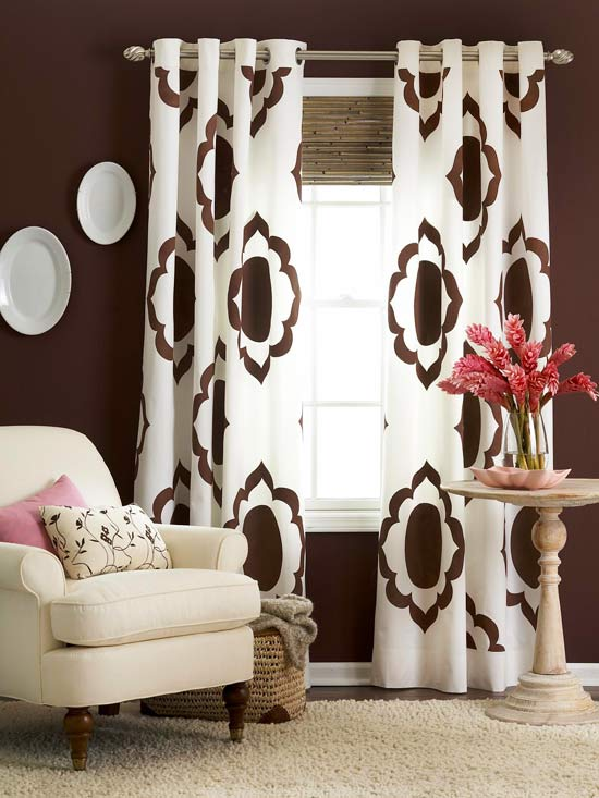 BHG - painted curtains - via Remodelaholic