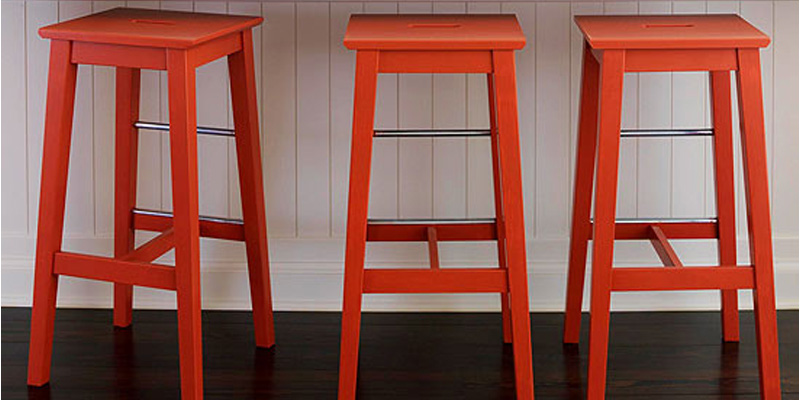 Remodelaholic Diy Bar Stools With Metal Bar Accents